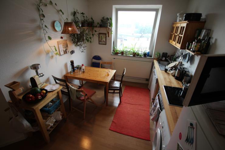 Sch Ne 3 Zimmer Wohnung Mit Weitblick Und Toller Hausgemeinschaft Wg Geeignet Wohnung In