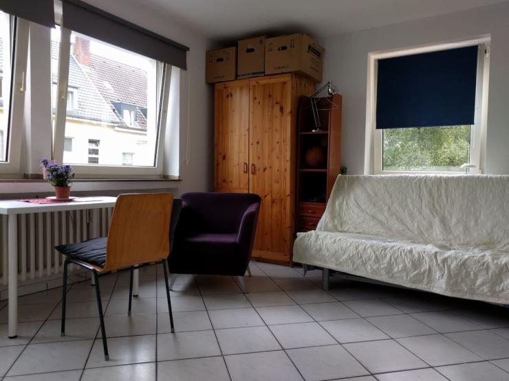 gem tliche 1 zimmer wohnung in ruhiger wohnlage m bliert. Black Bedroom Furniture Sets. Home Design Ideas