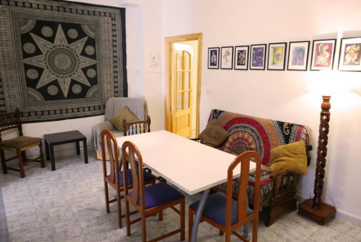 studentenzimmer in internationaler wg zentrum von granada wg in malaga m bliert malaga granada. Black Bedroom Furniture Sets. Home Design Ideas