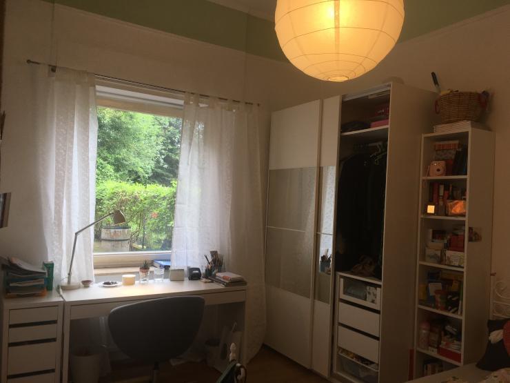 m bliertes zimmer zur zwischenmiete 6 monate in 3er wg. Black Bedroom Furniture Sets. Home Design Ideas