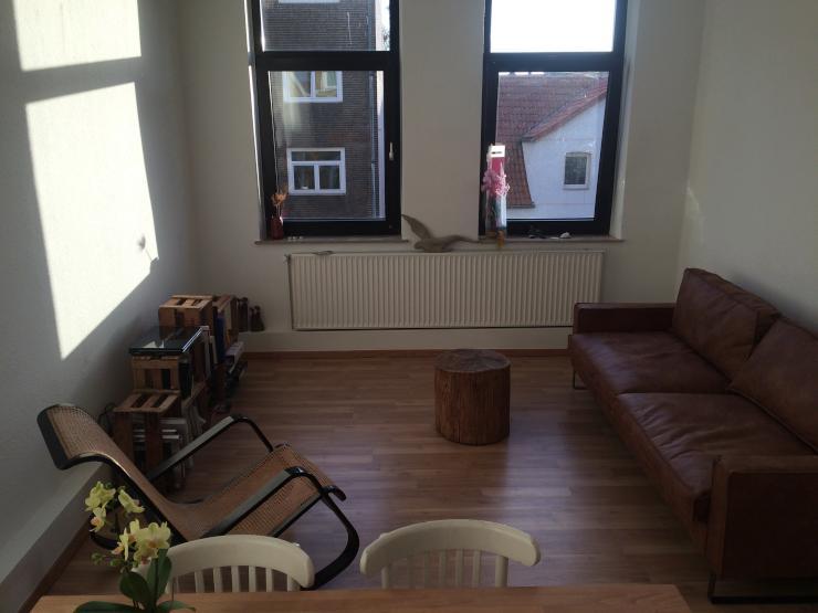 wg im herzen von linden mit gemeinsamen wohnzimmer wg. Black Bedroom Furniture Sets. Home Design Ideas