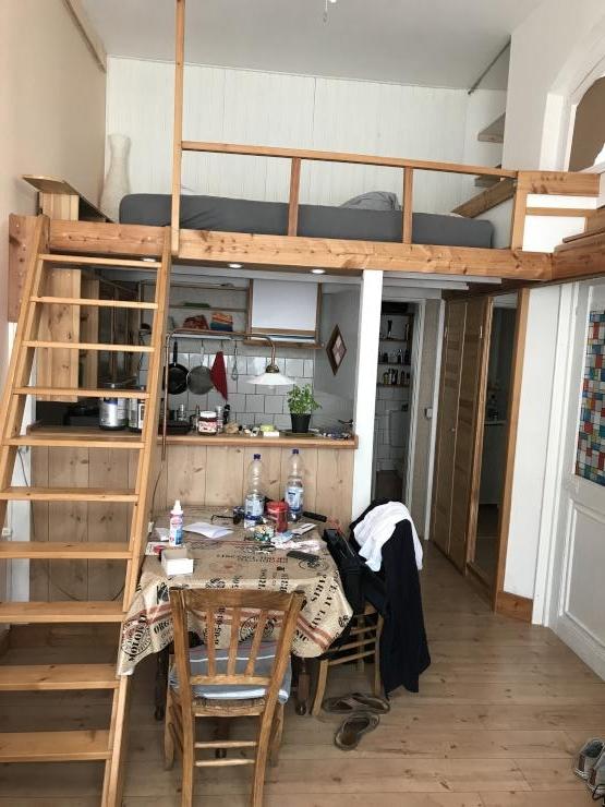 zwischenmieter gesucht gem tliches loft in zentraler lage am m lheimer bahnhof 1 zimmer. Black Bedroom Furniture Sets. Home Design Ideas