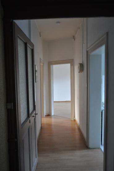 sch ne altbau wohnung 2 zimmer hohe decken im oststadtherz wohnung in karlsruhe oststadt. Black Bedroom Furniture Sets. Home Design Ideas