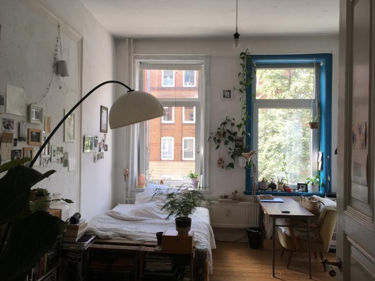 gem tliches zimmer in der m llingstra e schrevenpark muthesius exerzierplatz wilhelmplatz wg. Black Bedroom Furniture Sets. Home Design Ideas