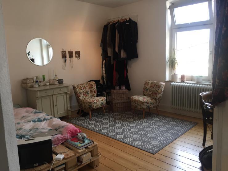 noch frei 18qm zimmer in altbau mit dielen in zentraler lage wg bielefeld innenstadt. Black Bedroom Furniture Sets. Home Design Ideas