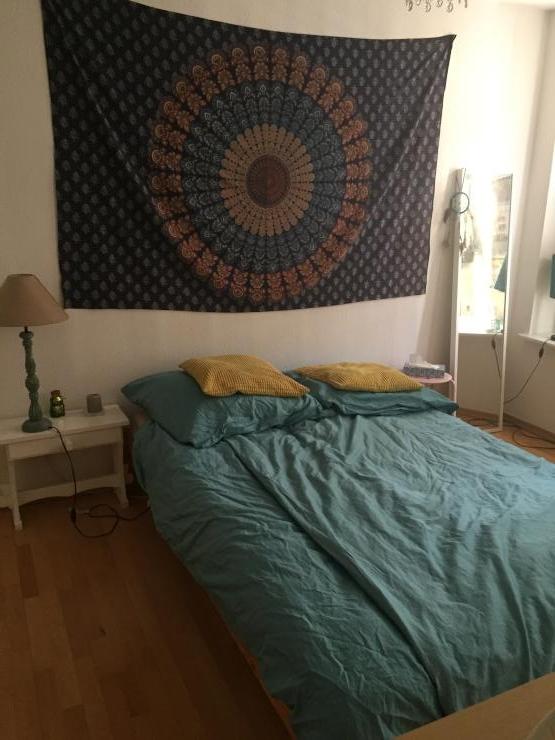 vermiete mein gem tliches schlafzimmer tageweise wohngemeinschaften leipzig m bliert leipzig. Black Bedroom Furniture Sets. Home Design Ideas