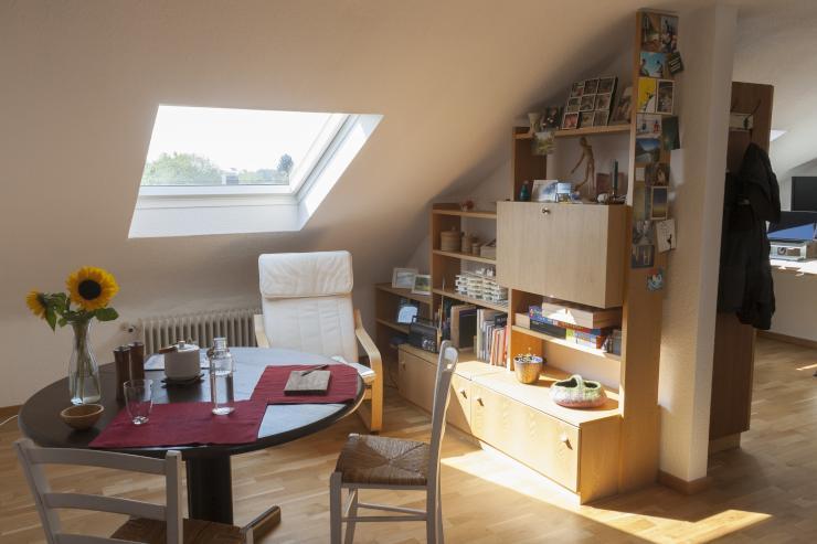 2 zimmer wohnung zur zwischenmiete wohnung in stuttgart heumaden. Black Bedroom Furniture Sets. Home Design Ideas
