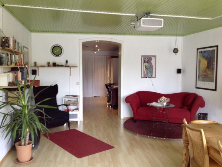 nachmieterin f r wg zimmer in bonn altstadt wg bonn zentrum. Black Bedroom Furniture Sets. Home Design Ideas