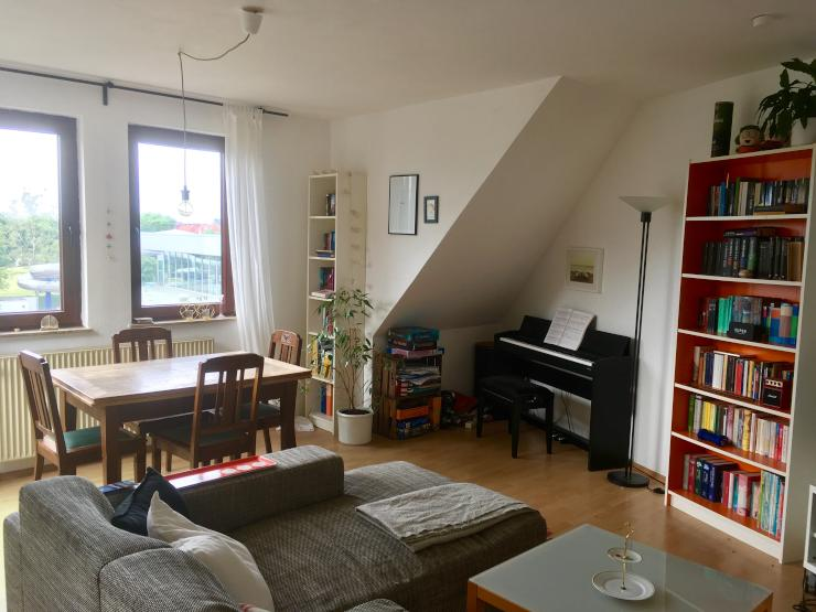 sch ne 3 zimmer wohnung maisonette in der neustadt mit tollem ausblick wohnung in bremen. Black Bedroom Furniture Sets. Home Design Ideas
