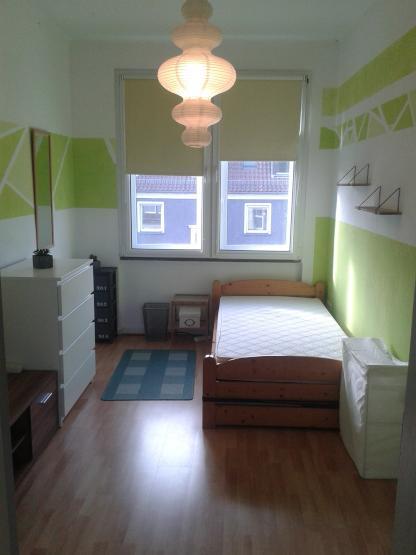 zimmer m bliert 22m in netter 4er wg mit balkon wg zimmer in osnabr ck gartlage. Black Bedroom Furniture Sets. Home Design Ideas