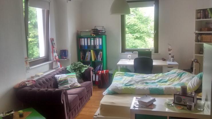 helles zimmer in 3er wg in bahnhofsn he wg zimmer in regensburg innenstadt. Black Bedroom Furniture Sets. Home Design Ideas