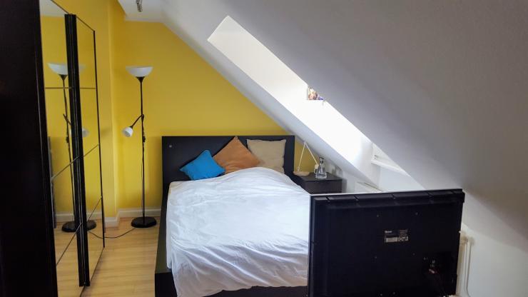 15m zimmer in 2er wg bonn castell m blierte wg bonn. Black Bedroom Furniture Sets. Home Design Ideas