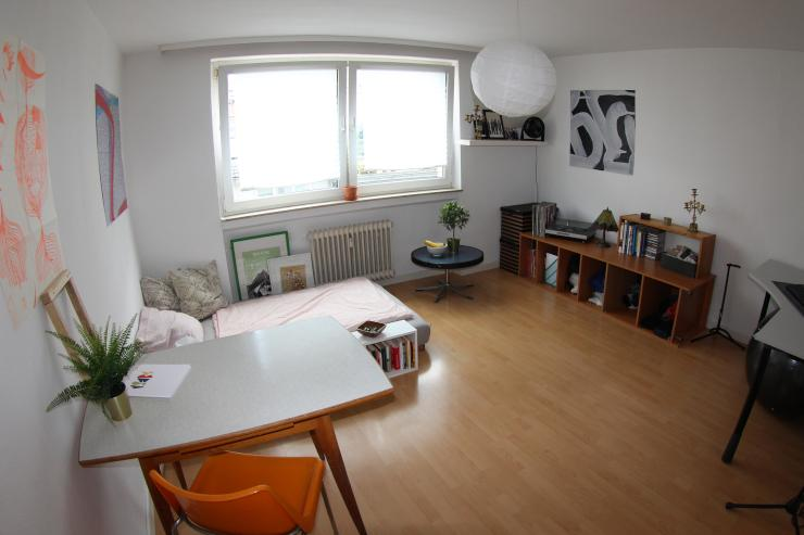 mitten in der city g nstige 1 zimmer wohnung sehr. Black Bedroom Furniture Sets. Home Design Ideas