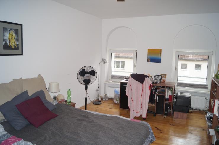 m bliertes zimmer nahe altstadt spandau m bliert wg zimmer in berlin spandau. Black Bedroom Furniture Sets. Home Design Ideas
