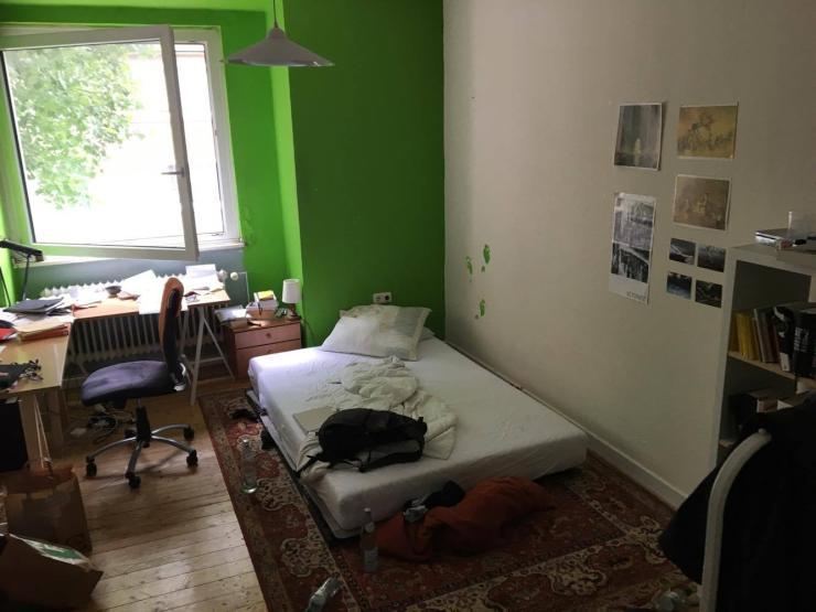 wundersch nes altbauobjekt in essen frohnhausen zimmer in essen frohnhausen. Black Bedroom Furniture Sets. Home Design Ideas