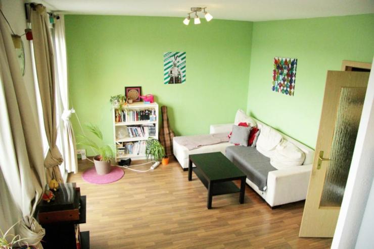 m bliertes zimmer zur zwischenmiete in uni n he wohngemeinschaft in dresden s dvorstadt. Black Bedroom Furniture Sets. Home Design Ideas
