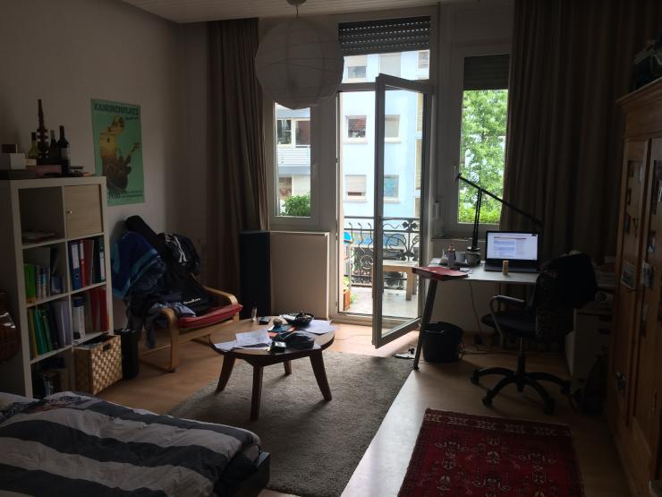 m bliertes zimmer in 3er wg 20qm 2min zum hbf lebendiger stadtteil st hlinger. Black Bedroom Furniture Sets. Home Design Ideas