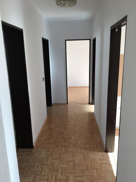 sch ne 3 zimmer wohnung im 1 obergeschoss in dortmund h rde ph nix west wohnung in dortmund. Black Bedroom Furniture Sets. Home Design Ideas
