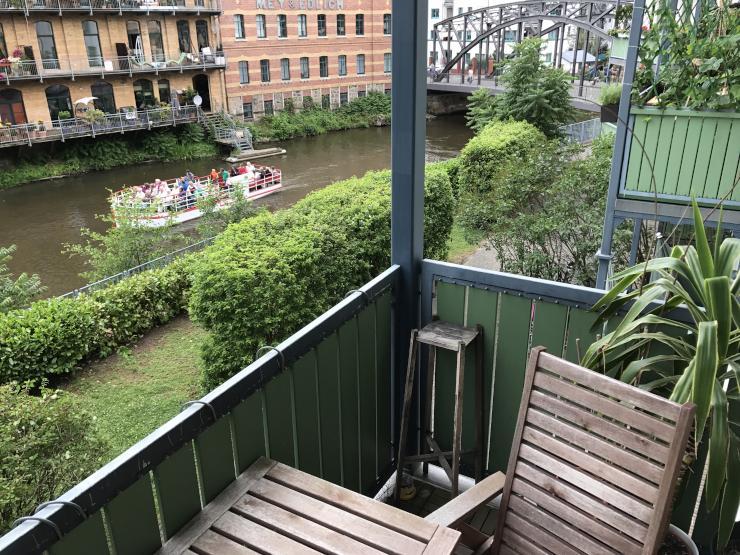 M Blierte Wohnung Mit Wasserblick In Mitbenutzung Balkon
