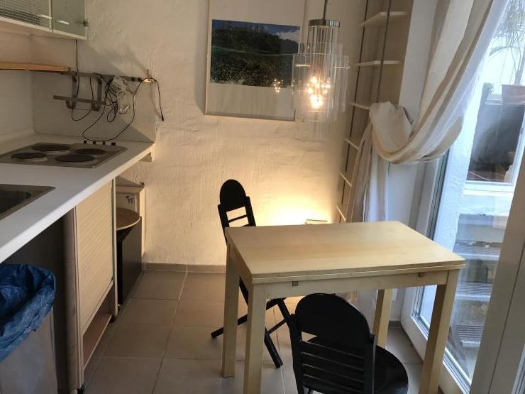 hh altona bungalow vollm bliert mit garten 1 zimmer wohnung in hamburg altona altstadt. Black Bedroom Furniture Sets. Home Design Ideas