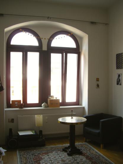 m bliertes zimmer zur zwischenmiete im hecht wg dresden m bliert dresden leipziger vorstadt. Black Bedroom Furniture Sets. Home Design Ideas