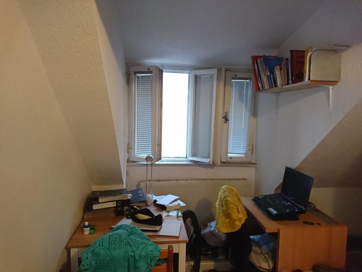 bequemes zimmer in 2 wg zimmer wg regensburg m bliert regensburg kumpfm hl ziegetsdorf. Black Bedroom Furniture Sets. Home Design Ideas