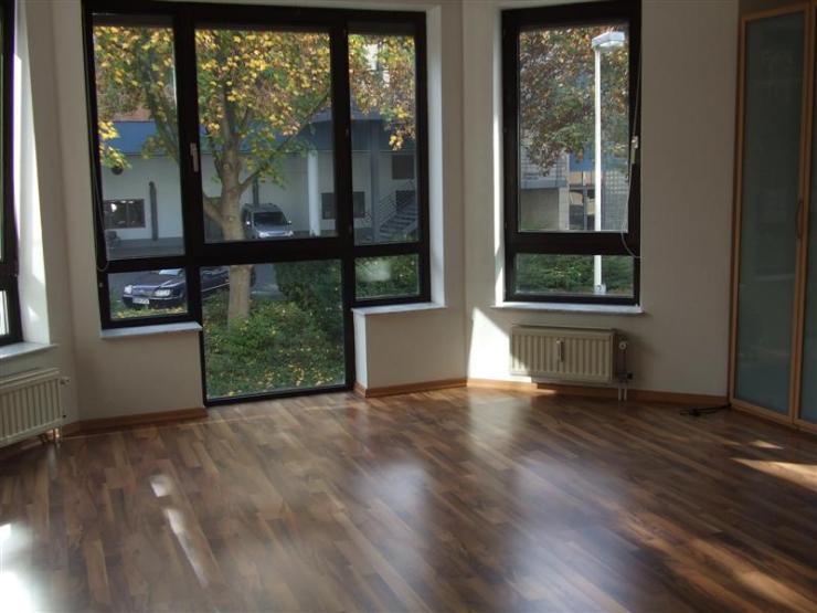 untermiete 28m 2 bonn beethovenhalle wg. Black Bedroom Furniture Sets. Home Design Ideas