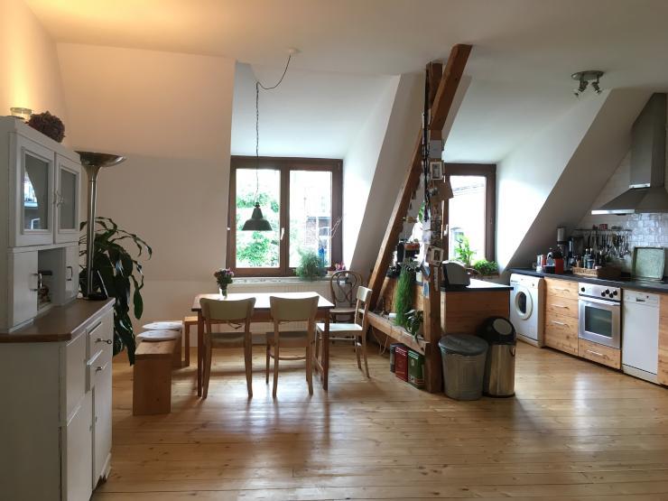 helle maisonette wohnung in der s dstadt wohnung in k ln neustadt s d. Black Bedroom Furniture Sets. Home Design Ideas
