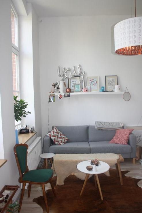 wundersch ne stylische 2 raum wohnung mit ebk hell modern teilweise m bliert wohnung. Black Bedroom Furniture Sets. Home Design Ideas
