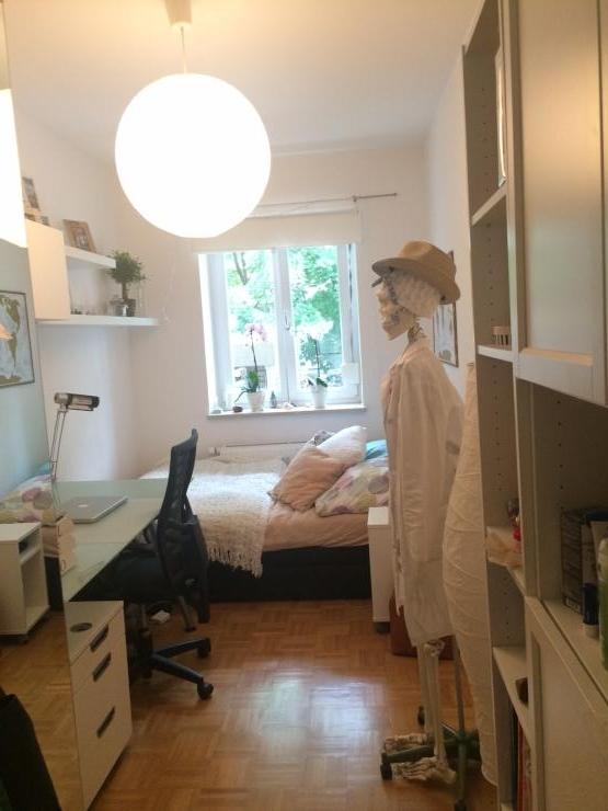 m bliertes 12qm zimmer im herzen der maxvorstadt wg zimmer m nchen m bliert m nchen maxvorstadt. Black Bedroom Furniture Sets. Home Design Ideas