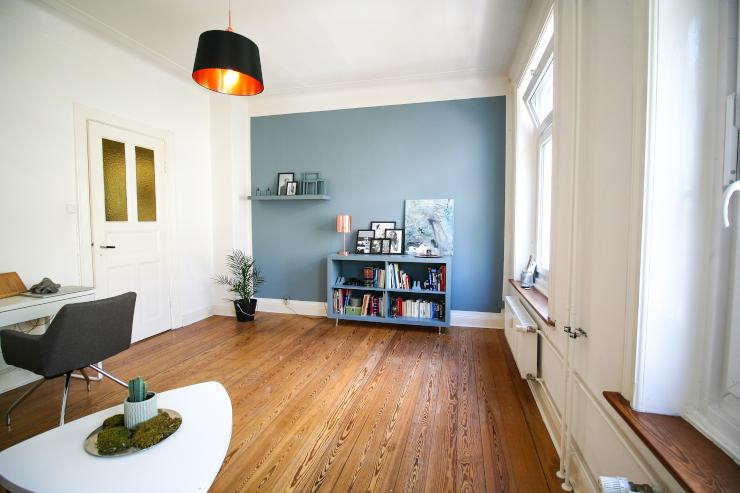 sch ne altbauwohnung zur zwischenmiete im september wohnung in hamburg altona nord. Black Bedroom Furniture Sets. Home Design Ideas