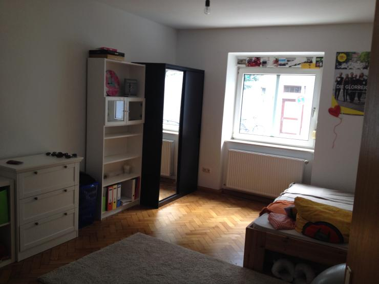 mai bis juli 2018 m bliertes zimmer zur zwischenmiete 20qm sendling wohngemeinschaft in. Black Bedroom Furniture Sets. Home Design Ideas
