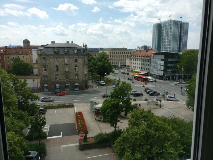 12 qm zimmer mit eigenem bad innenstadt bayreuths wg zimmer in bayreuth city. Black Bedroom Furniture Sets. Home Design Ideas