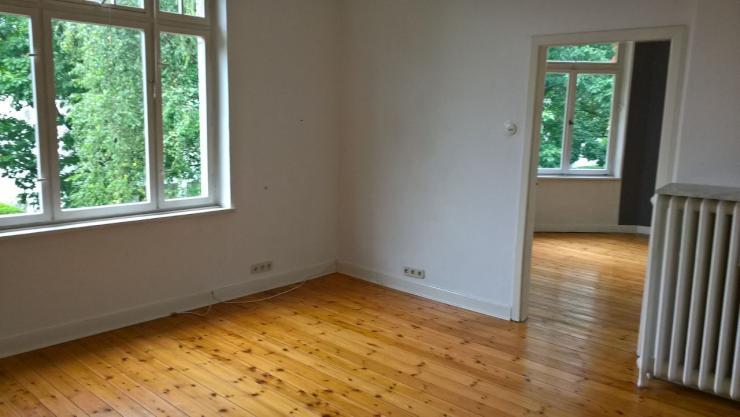 helle 2 zimmer wohnung in sanierungsbed rftigem altbau befristet bis 31 mai 2018 zu vermieten. Black Bedroom Furniture Sets. Home Design Ideas