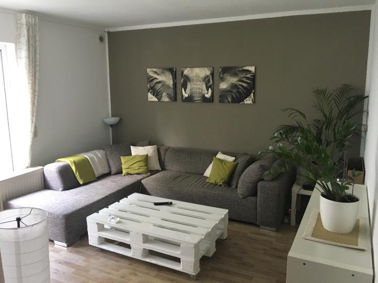 sch ne 3 zimmer k che diele bad wohnung mit terrasse sucht nachmieter wohnung in gie en. Black Bedroom Furniture Sets. Home Design Ideas