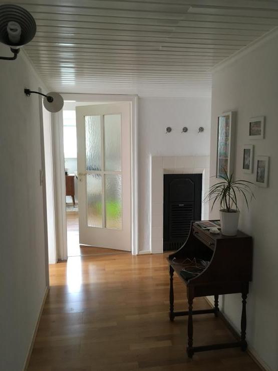 helle gem tliche wohnung in zentraler lage wohnung in. Black Bedroom Furniture Sets. Home Design Ideas