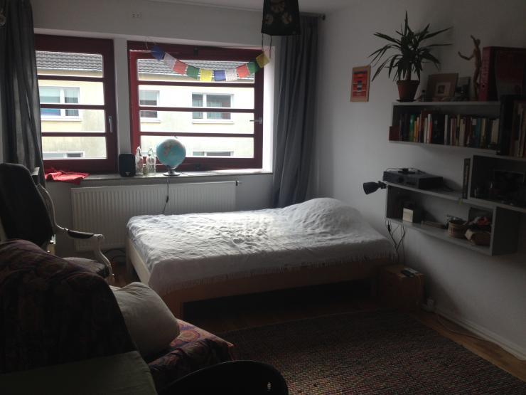 super zentrale tolle 2 zimmer wohnung zur zwischenmiete wohnung in k ln neustadt nord. Black Bedroom Furniture Sets. Home Design Ideas