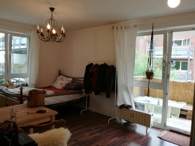 helle 1 zimmer wohnung mit balkon 1 zimmer wohnung in k ln neuehrenfeld. Black Bedroom Furniture Sets. Home Design Ideas
