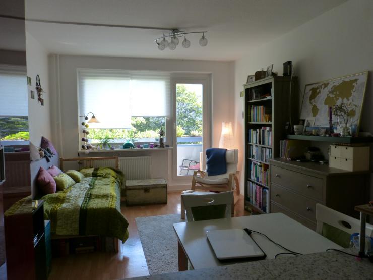 gem tliche einraumwohnung im erfurter norden 1 zimmer wohnung in erfurt berliner platz. Black Bedroom Furniture Sets. Home Design Ideas