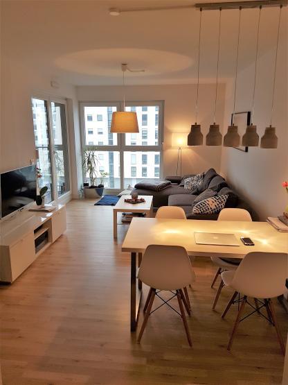 2 zimmer wohnung im europaviertel neubau balkon einbauk che abstellraum wohnung in. Black Bedroom Furniture Sets. Home Design Ideas