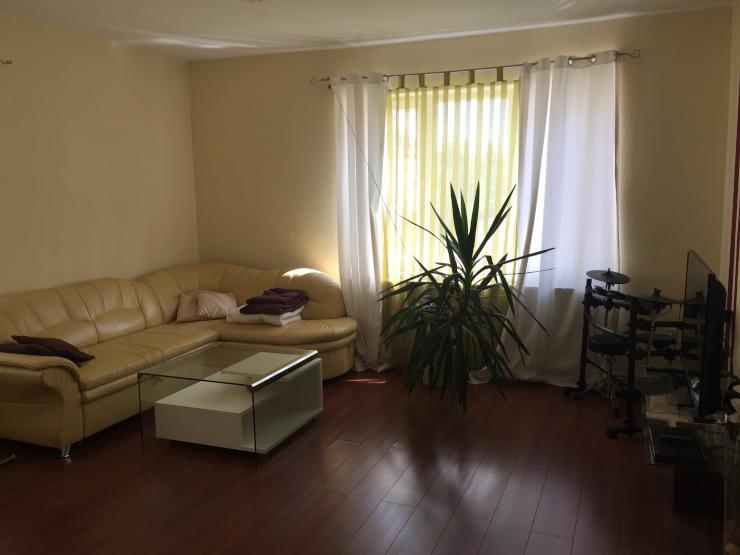 sch ne m belierte 2 zimmer wohnung mitten in hannover wohnung in hannover mitte. Black Bedroom Furniture Sets. Home Design Ideas