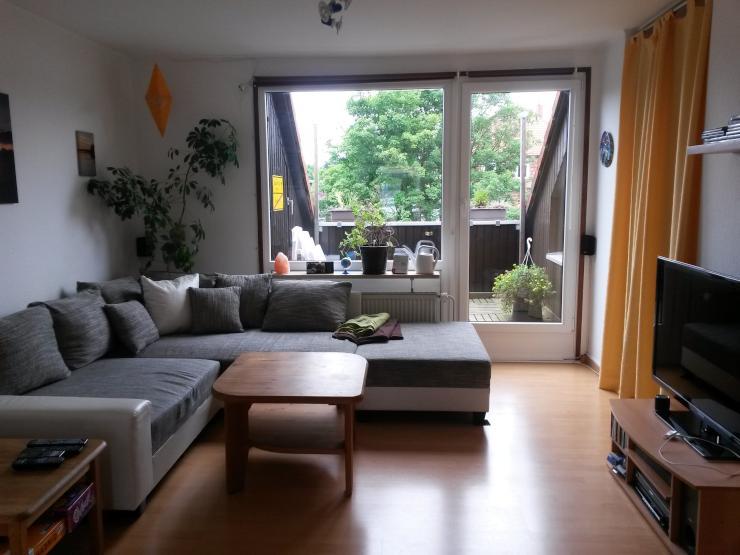 Wohnzimmer Mit Tr Zur Loggia
