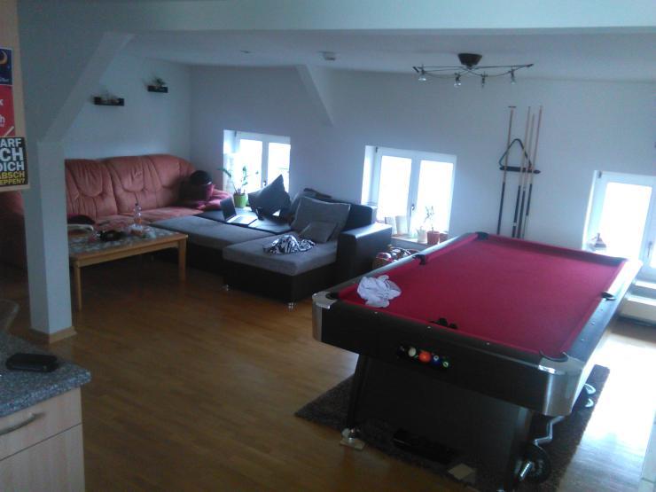 sch ne wohnung im zentrum von halle mit billardtisch wohnung in halle saale allstadt. Black Bedroom Furniture Sets. Home Design Ideas