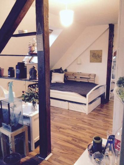 bachelor oder master ab ss in kiel und lust auf eine eigene bleibe helle gro e wohnung f r 2 5. Black Bedroom Furniture Sets. Home Design Ideas