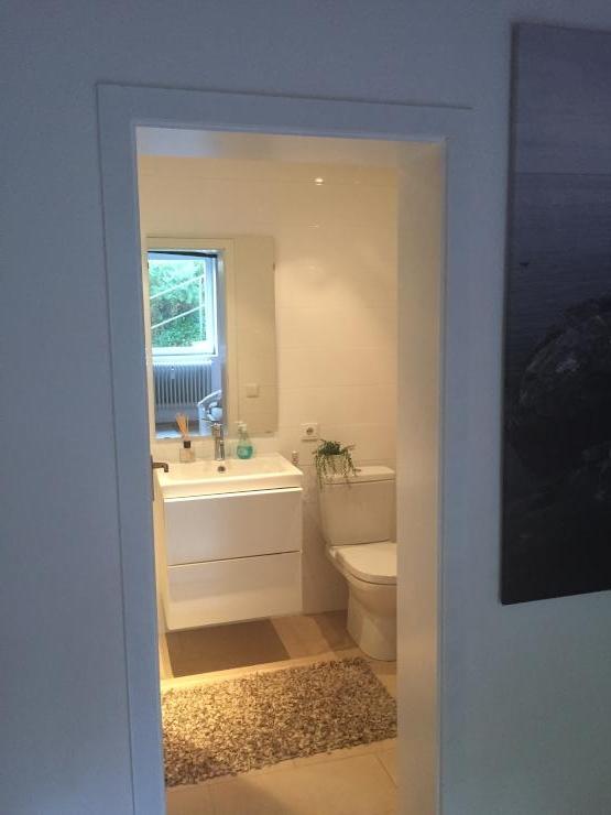 sch ne 3 zimmer wohnung im gr nen wohnung in kaiserslautern m lschbach. Black Bedroom Furniture Sets. Home Design Ideas