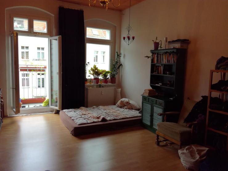 gem tliche wohnung in friedrichshain zwischenmiete cosy flat in friedrichshain short term. Black Bedroom Furniture Sets. Home Design Ideas