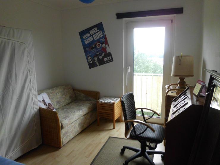 ruhiges 11m zimmer in kiel suchsdorf wohngemeinschaft in kiel suchsdorf. Black Bedroom Furniture Sets. Home Design Ideas