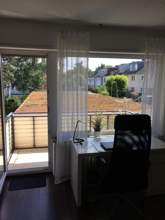 helle 1 zimmer wohnung in ruhiger lage mit balkon 1. Black Bedroom Furniture Sets. Home Design Ideas