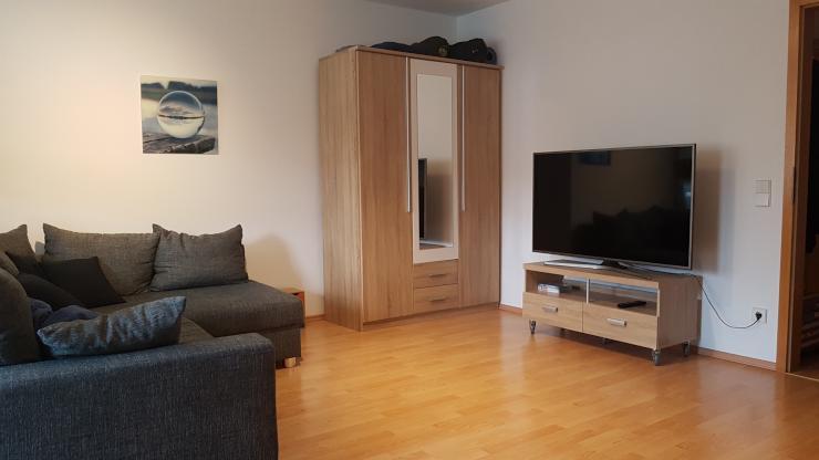 moderne 1 zimmer wohnung in verkehrsg nstiger lage 1 zimmer wohnung in m nchen pasing obermenzing. Black Bedroom Furniture Sets. Home Design Ideas
