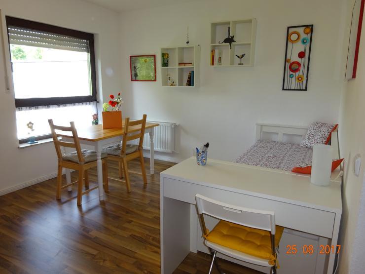 wohnung auf zeit in beuel mitte 1 zimmer wohnung in bonn. Black Bedroom Furniture Sets. Home Design Ideas